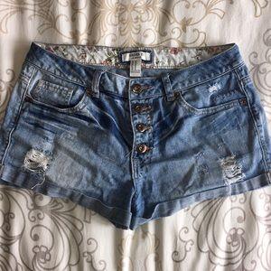 Forever 21 Distressed Denim Shorts Size 28